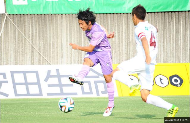 Ken Hisatomi taking a strike